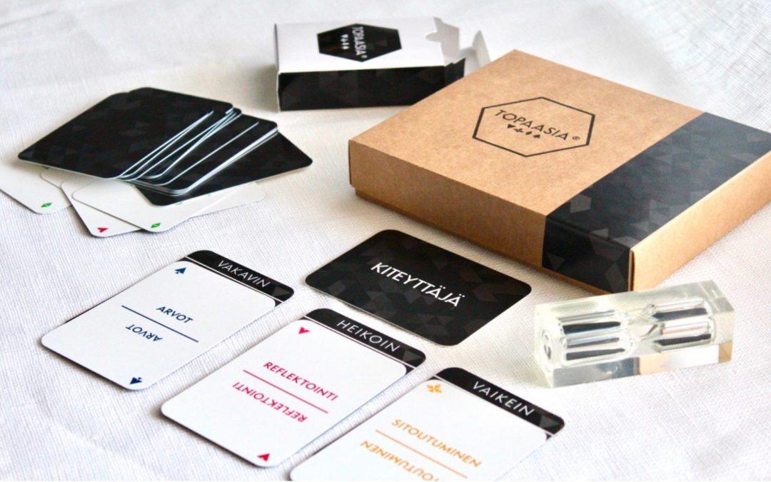 Intotalon työkalut: Topaasia-peli kirkastaa tiimin tavoitteet